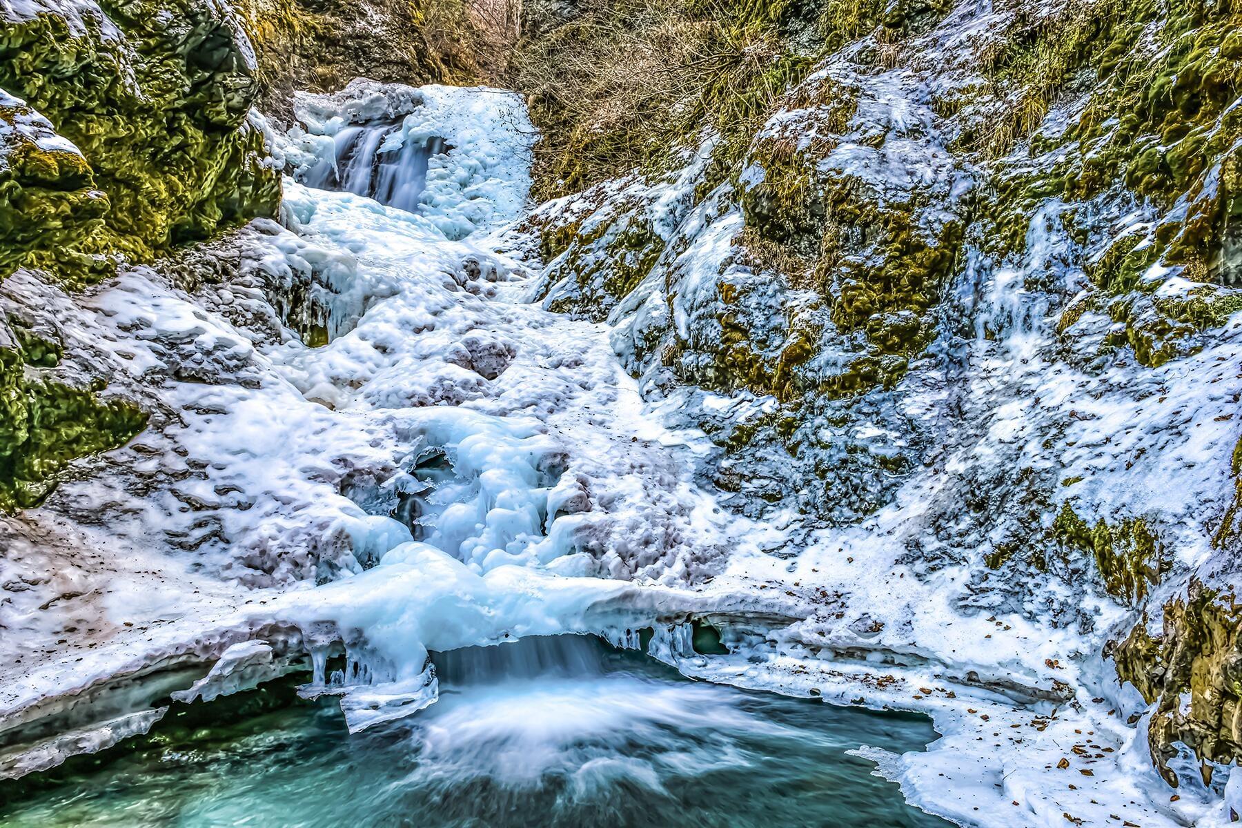 The 9 Best Frozen Waterfalls in North America