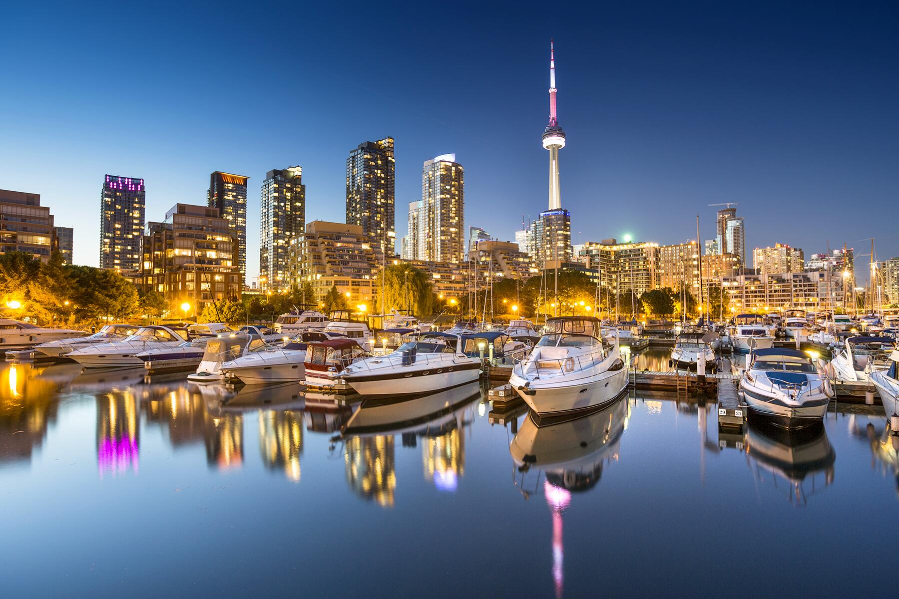 The Best Things to See and Do in Toronto, Canada