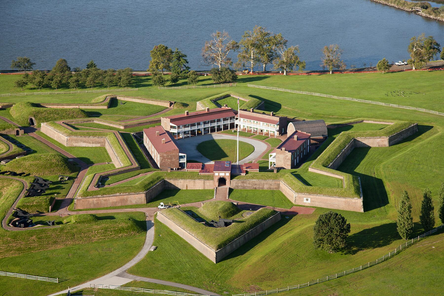 13_LiteraryGuideToBaltimore__FortMcHenryNationalMonument_12 VISIT_BALTIMORE_fort_mchenry_aerial_2012_2