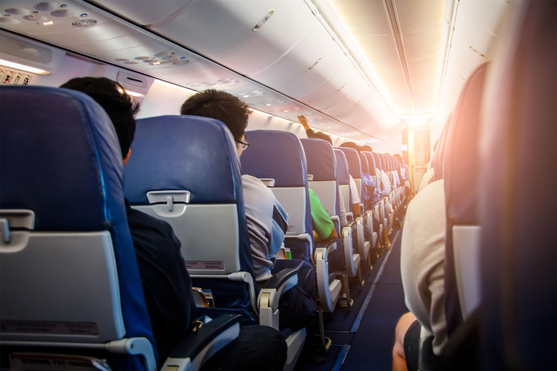 Gate 1 Travel Canada Christmas 2021 Should You Travel During The Covid Pandemic Or Should You Change Your Plans Due To Coronavirus Our Comprehensive Guide To 2020 And 2021