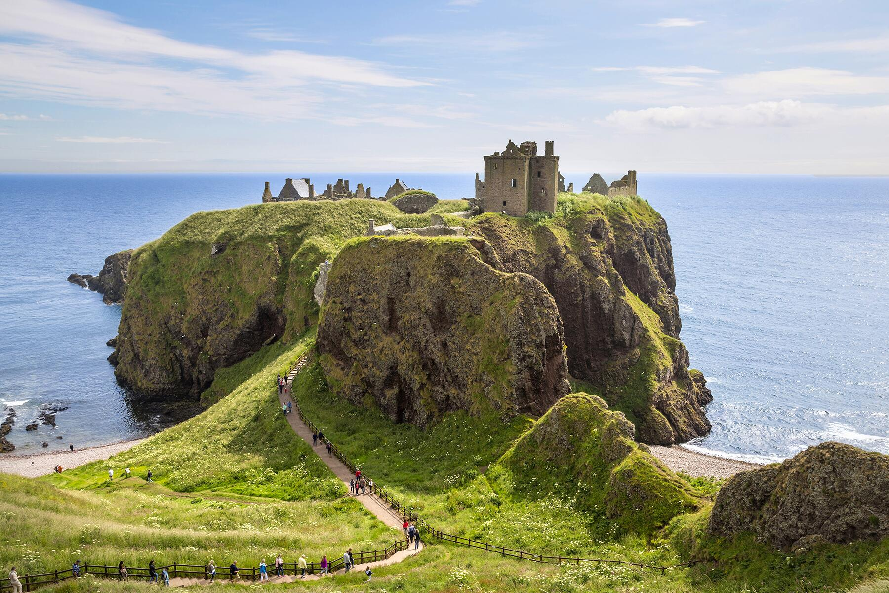 We Wish We Could Go to These Scottish Castles Right Now