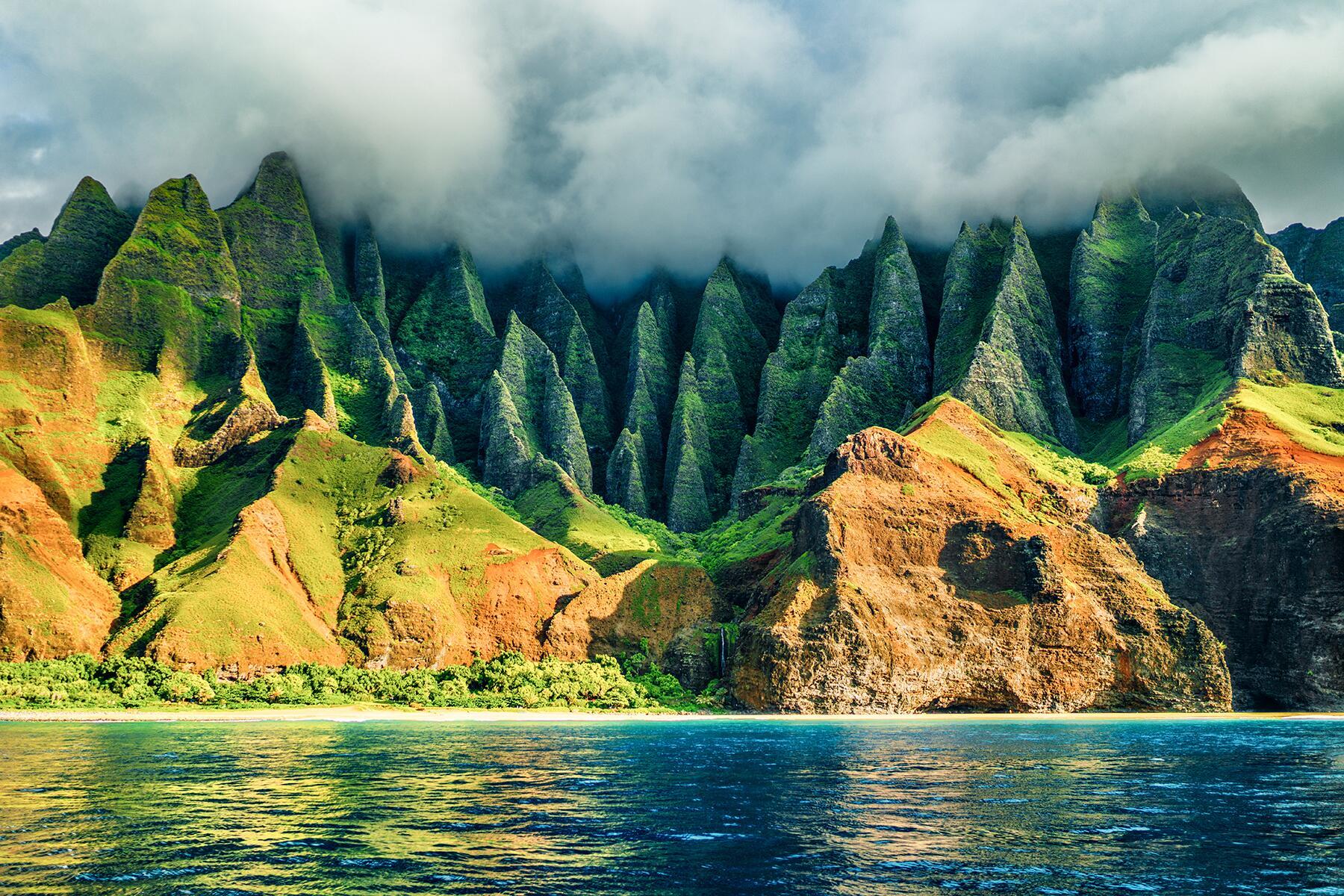 10 Gorgeous State Parks That Deserve National Park Recognition