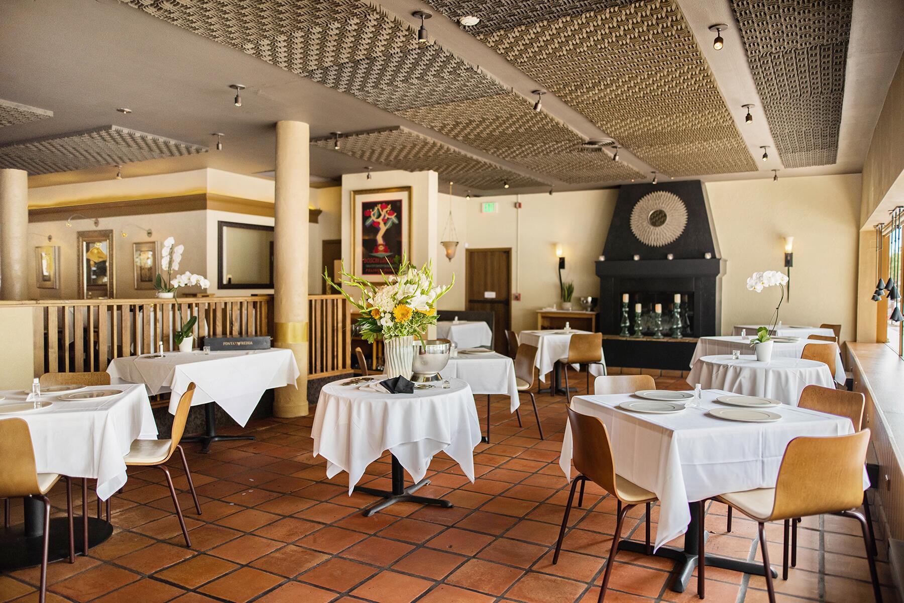 09_ItalianRestaurantsUS__BaroloGrill_9 socially distanced dining room